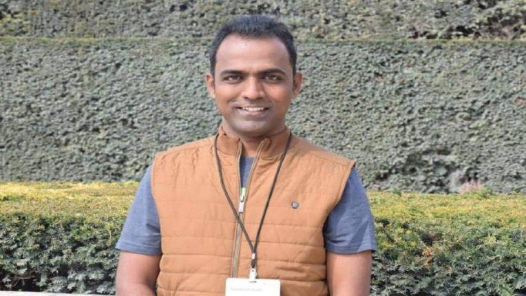 Solapur teacher wins Rs 7 crore award; The first Indian teacher to receive the Global Teacher Award