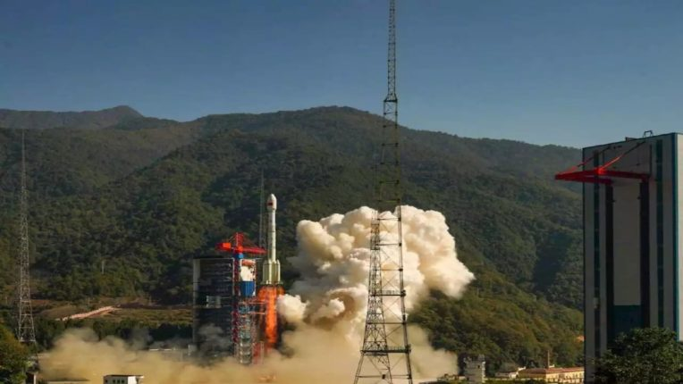 china launches gaofen 14 earth observation satellite