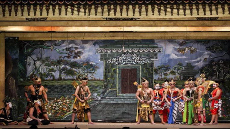 muslim country in indonesia where people is ram devotees