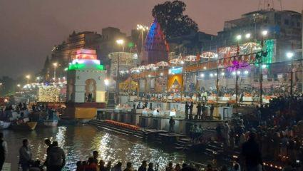 dev deepawali pm modi visit kashi varanasi ganga ghat aarti 15 lakhs diyas