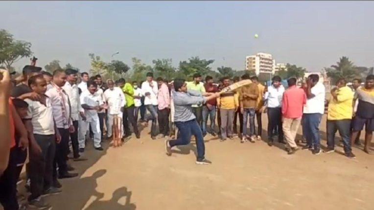 Directly from the pitch of politics to the cricket field; Rohit Pawar's energetic batting