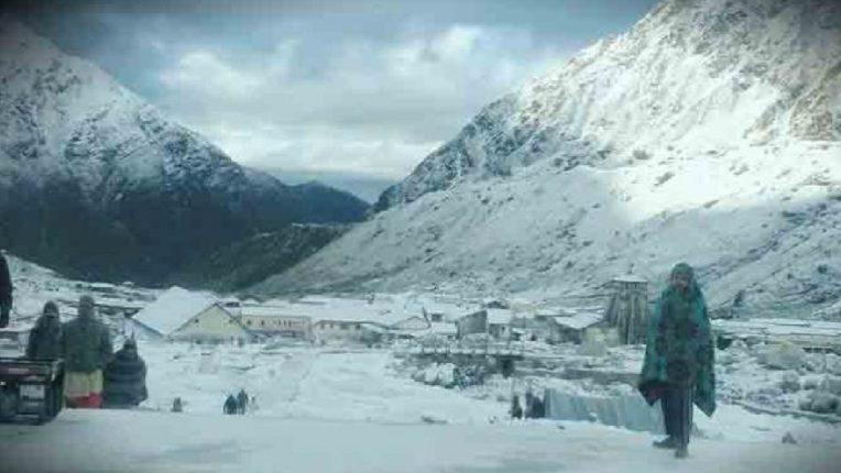 हिमालयाच्या कुशीत खुणावताहेत हिमनद्या, उंच हिमालयात बर्फवृष्टीने दिले शुभसंकेत