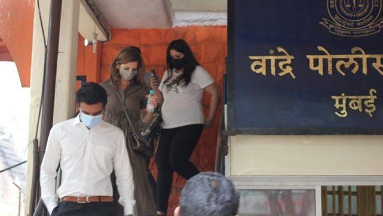 हृतिक रोशनची एक्स बायको सुझान खान म्हणून गेली होती वांद्रे पोलीस स्थानकात, खरं कारण आलं समोर!