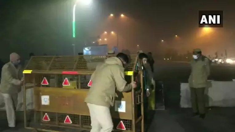 चिल्ला सीमेवरील शेतकऱ्यांचं धरणं आंदोलन मागे, दिल्ली-नोएडा सीमा वाहतुकीसाठी खुली