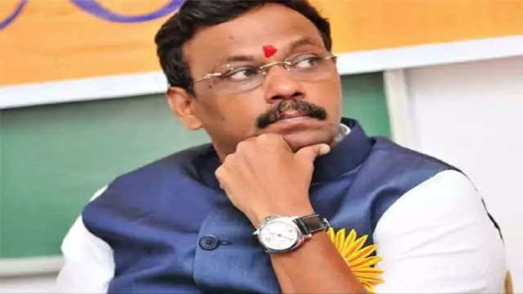 BJP's 'Mission Bengal'; Special responsibility on Vinod Tawde