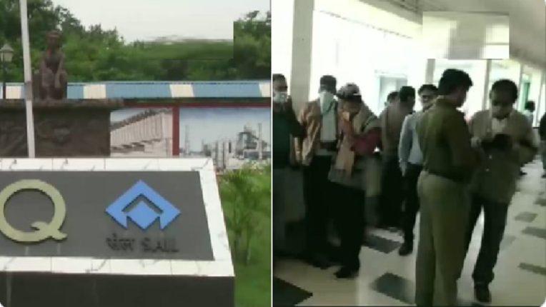 4 killed, 6 injured in steel plant leak, Toxic gas leaks at steel plant nrsj