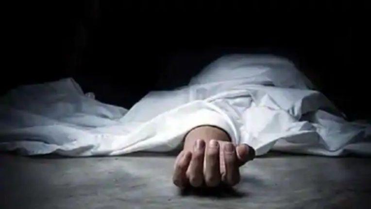 कोरोनाच्या संक्रमणामुळे घरात मृत्यू होण्याच्या घटनांमध्ये वाढ ; आई व मुलीचा मृतदेह आढळला कुजलेलया अवस्थेत