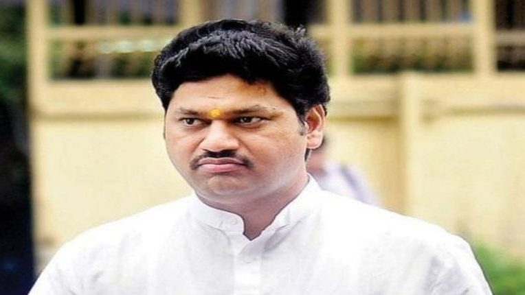 Congress leader Hussain Dalwai's reaction to Dhananjay Munde's resignation