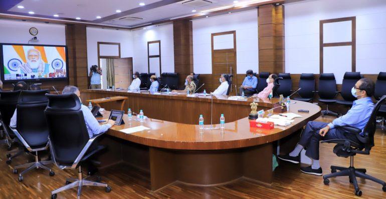 सर्व यंत्रणांनी समन्वयाने लसीकरण मोहिम यशस्वी करावी; पंतप्रधानांनी साधलेल्या मुख्यमंत्र्यांच्या संवादात केल्या सुचना: उद्धव ठाकरे