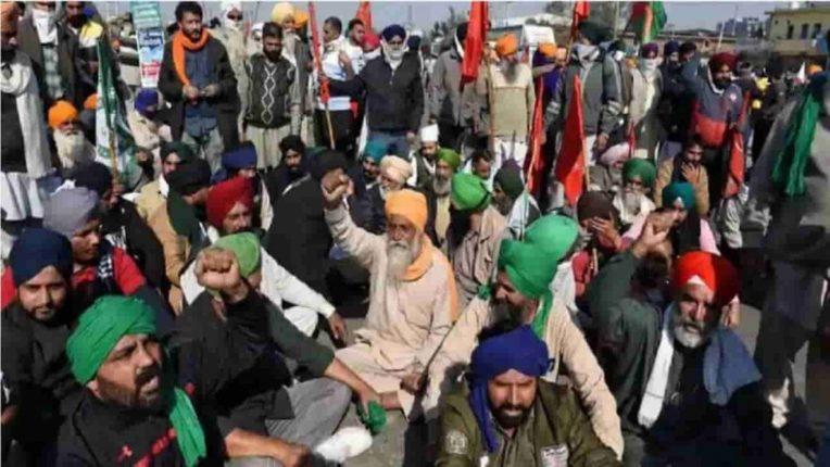 दिल्लीच्या सीमांवरील सुरक्षेत पुन्हा वाढ, ५० हजार शेतकरी दिल्लीत येण्याच्या तयारीत असल्याचा दावा, संघटनांकडून मात्र नकार
