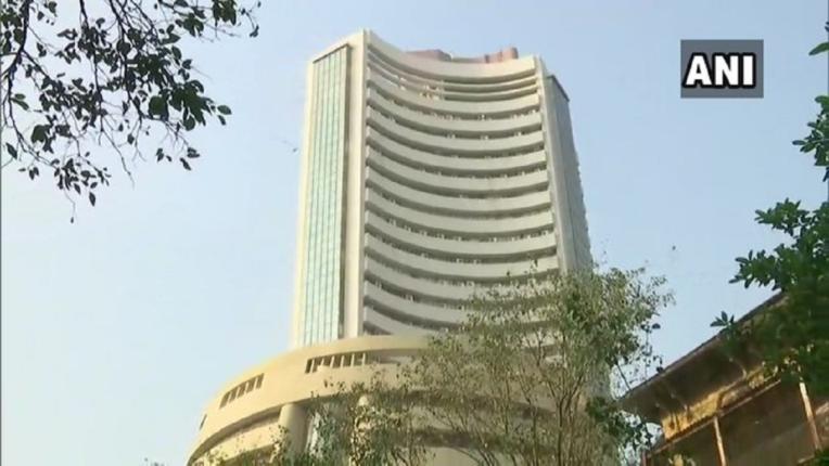 भारतीय शेअर बाजाराचा नवा उच्चांक, निफ्टी आणि सेन्सेक्स नव्या उंचीवर