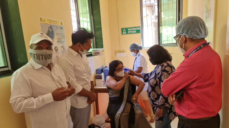 corona vaccination in mumbra