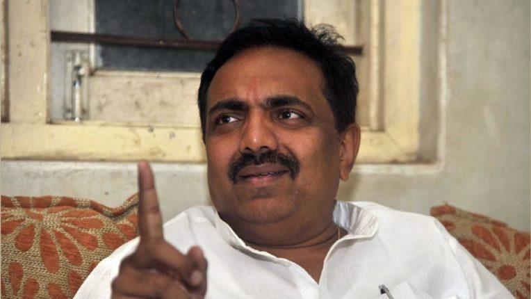 गृहमंत्री अनिल देशमुखांना पदावरुन हटवण्याबाबत मोठी अपडेट; राष्ट्रवादीच्या बैठकीनंतर जयंत पाटील यांची पहिली प्रतिक्रिया