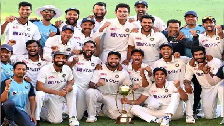भारतीय क्रिकेट चमूचा ऑस्ट्रेलियावर ऐतिहासिक विजय