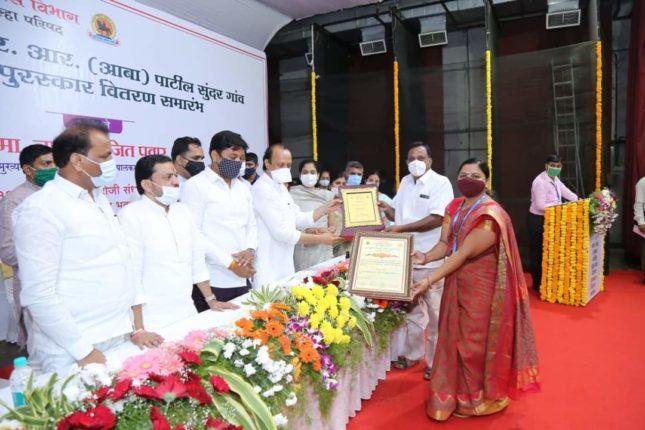 कांदलगाव ग्रामपंचायतीला महाराष्ट्र शासन ग्रामविकास विभागाचा स्मार्टग्राम पुरस्कार