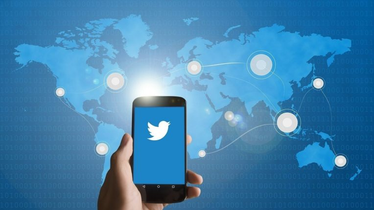 ट्विटरला न्यायालयाचा झटका, 'थर्ड पार्टी कंटेंट'साठी मिळणारं कायदेशीर कवच गेलं, अधिकाऱ्यांना भोगावे लागणार परिणाम