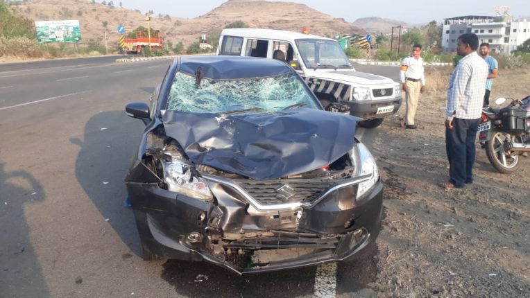 कार व दुचाकीची धडक ; दोघेजण गंभीर जखमी