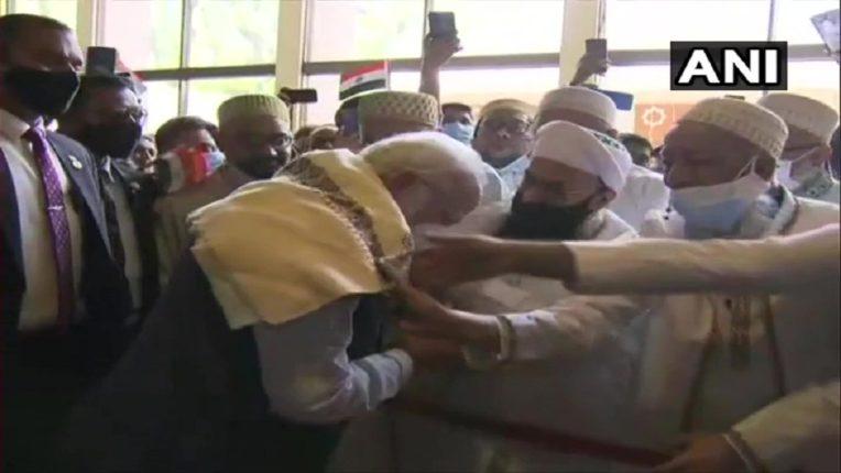पंतप्रधान मोदी बांग्लादेशमध्ये, पडसाद पश्चिम बंगालमध्ये, प्रचाराचा माहौल होतोय गरम
