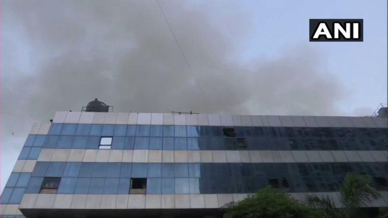 कोविड रुग्णालयाला लागलेल्या आगीने भांडूप हादरले; दोन रुग्णांचा होरपळून मृत्यू