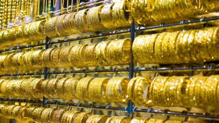 आतापर्यंत सोन्यात १२ हजार रुपयांची घसरण; सोने खरेदी करण्याची सुवर्णसंधी