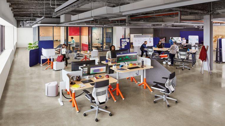कार्यालयांचे भवितव्य: कर्मचारी, प्रमुखांना कायमस्वरूपी घरातून काम करण्याची सुविधा देणारे स्थिर व संकरित मॉडेल