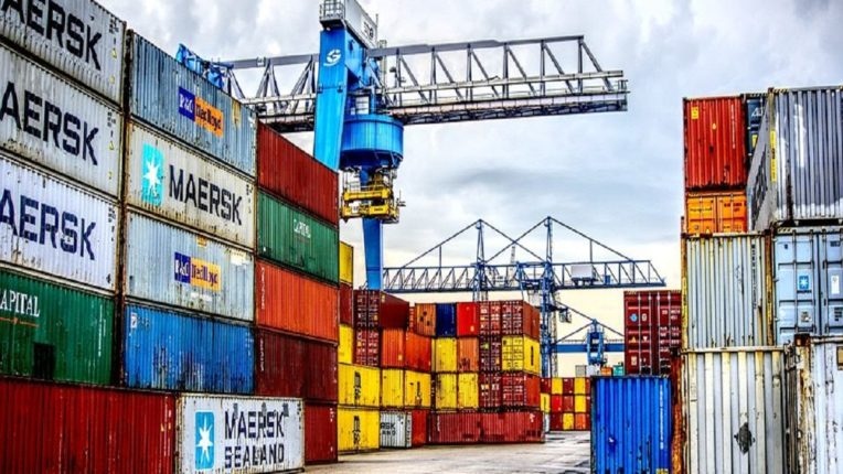 Shipping companies raise fares, not containers to ship goods; The difficulties of the professionals increased