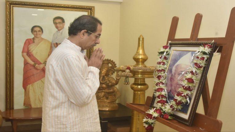 महाराष्ट्राचे पहिले मुख्यमंत्री यशवंतराव चव्हाणांची आज जयंती, मुख्यमंत्री ठाकरेंनी केले अभिवादन