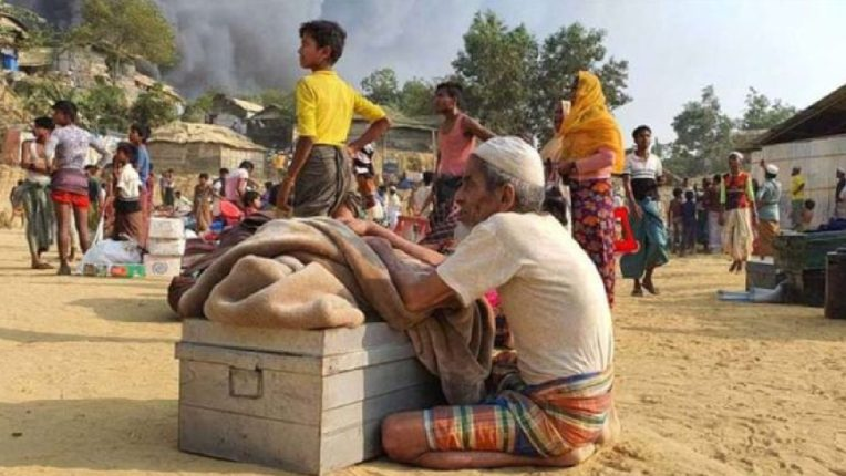 बांगलादेशातील निर्वासितांच्या छावण्यांमध्ये भीषण आग, १५ जणांचा मृत्यू