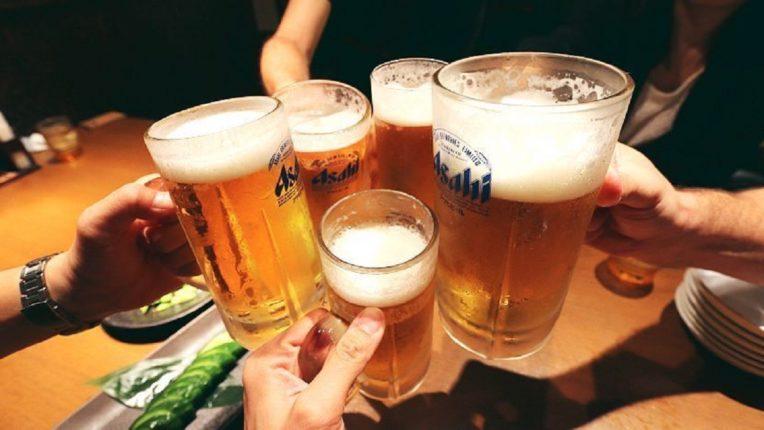 बिअर प्यायल्याने शरीराला अपाय न होता असेही होतात फायदे; वाचून तुम्हालाही झिंग चढल्याबिगर राहणार नाही