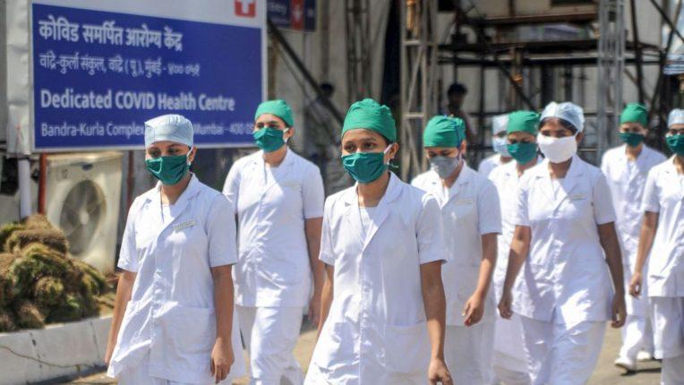 Storm surge at Mumbai's Kovid Center for vaccinating Korana; Pushback, confusion