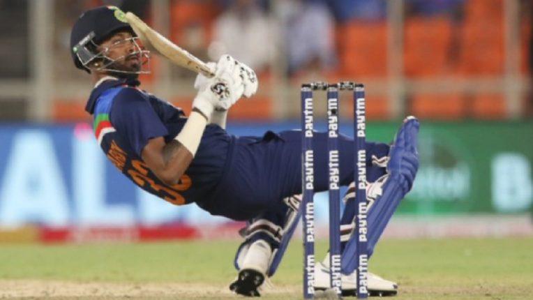 टीम इंडियाने सामना गमावला, पण हार्दिक पांड्याच्या एका शॉर्टने चाहत्यांची जिंकली मनं ; ICCने देखील केलं कौतुक