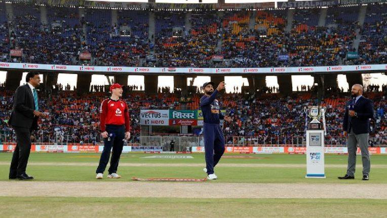 टीम इंडिया विरुद्ध इंग्लंडमध्ये आज दुसरा टी-२० सामना, वर्ल्ड रेकॉर्ड करण्यासाठी कोहलीला मोठी संधी