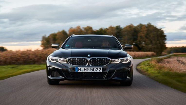 BMW ने भारतात सादर केली M340i xDrive, किंमत ऐकूनच डोळे पांढरे झाले नाहीतर नवलच