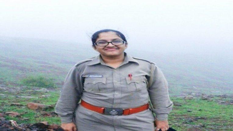 वन अधिकारी दीपाली चव्हाण आत्महत्या प्रकरणात केंद्र संचालक एम एस रेड्डी निलंबित!; सुसाईड नोटमध्ये रेड्डी यांचा होता उल्लेख