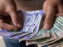 कोरोना काळात व्यावसायिक घराण्यांचा परोपकार ; १२००० कोटींचा खर्च वाढला