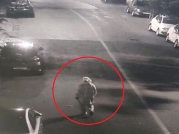 CCTV footage of explosives found near Ambani's house in police hands; A man wearing a PPE kit was seen near a Scorpio car
