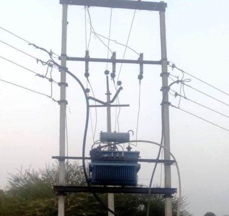 वीज पुरवठा खंडित करण्याचा धडाका ; सरकारच्या बदलत्या निर्णयाचा शेतकऱ्यांना मोठा फटका