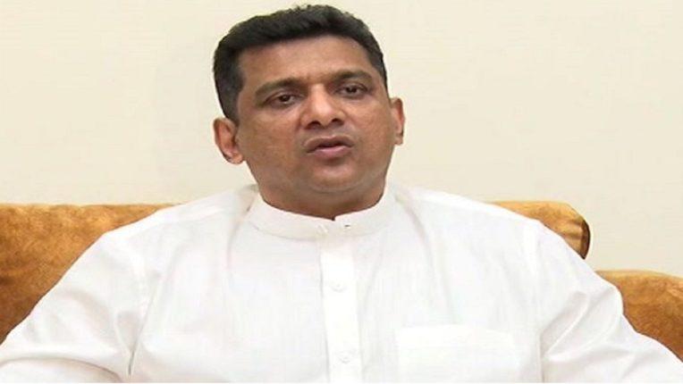 हॉटेल चालक, व्यापाऱ्यांना दिलासा देण्यासाठी विचार सुरु : पालकमंत्री अस्लम शेख