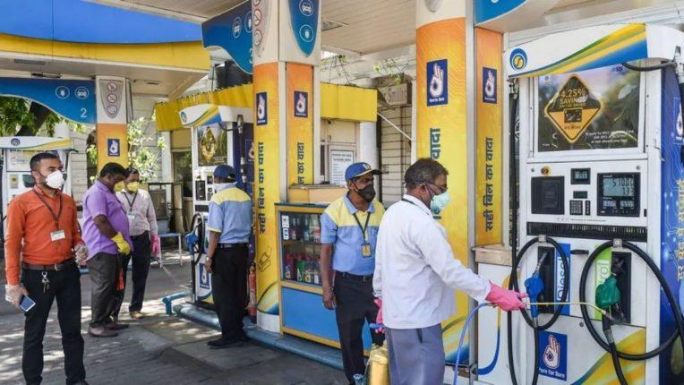 पेट्रोल, डिझेल जीएसटीच्या कक्षेत आणण्यास महाराष्ट्र, उ. प्रदेशसह सहा राज्यांचा विरोध, पेट्रोल-डिझेलच्या किमती कमी होण्याच्या स्वप्नांचा चुराडा