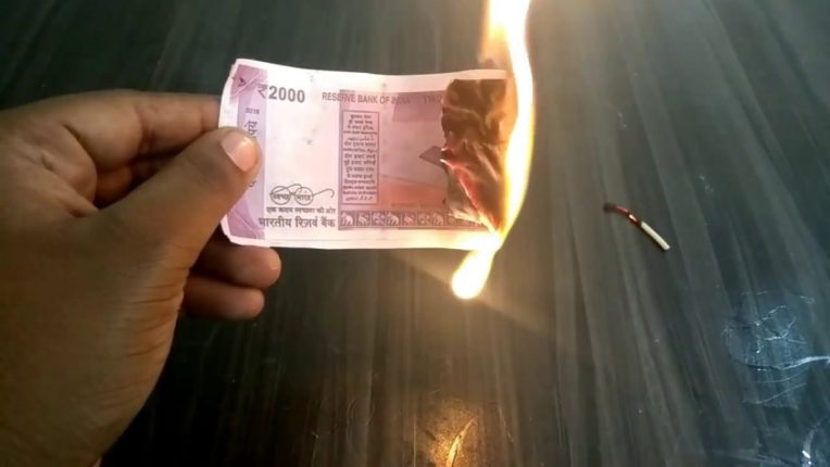 ... so a staggering five lakh notes were burned on the gas; Shocking type in Telangana