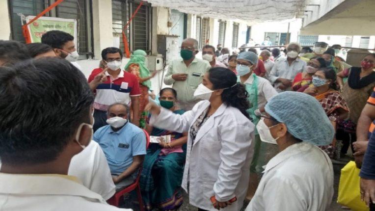 Violent dispute among employees over Nashik corona vaccine