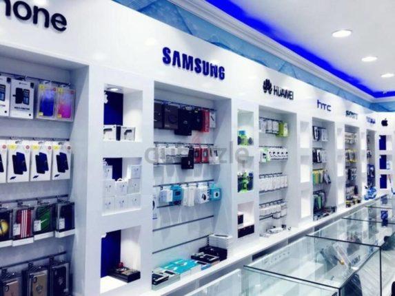 मोबाईल विक्रेत्यांचा अत्यावश्यक सेवेत समावेश करावा; पिंपरी मर्चंन्ट फेडरेशनचे अध्यक्ष श्रीचंद आसवाणी यांची मागणी