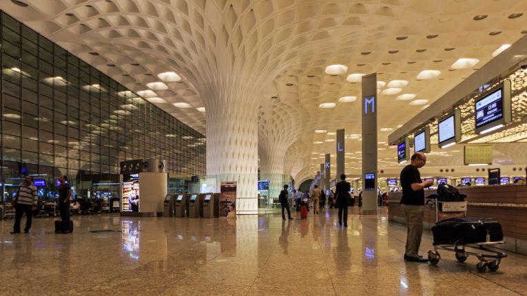 The risk of corona is increasing; Mumbai Airport Terminal 1 will be closed again