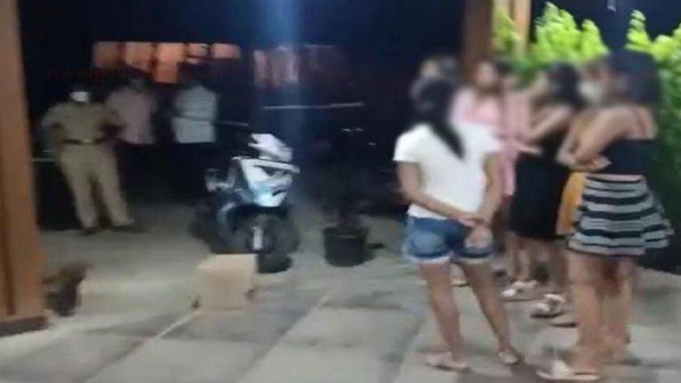 लॉकडाऊनमध्ये पुण्यात डान्स बार सुरूच; वेश्याव्यवसाय करणाऱ्या ५ तरुणींची पोलिसांनी केली सुटका