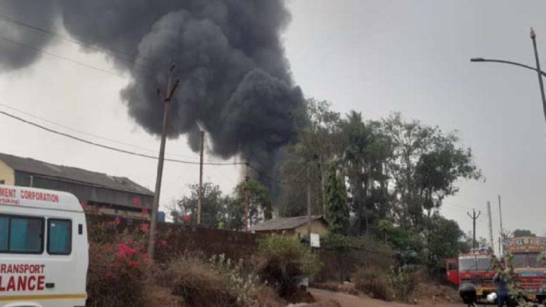 रत्नागिरीत एमआयडीसी कंपनीत भीषण स्फोट ; तिघांचा मृत्यू