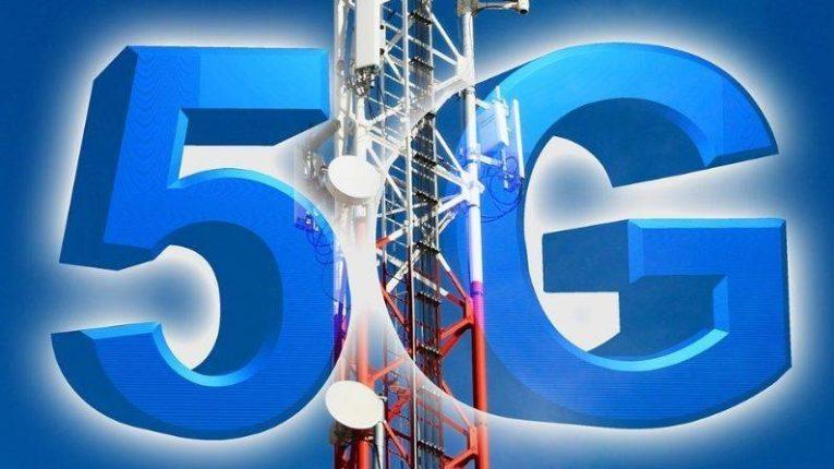 भारतातील 5G इंटरनेट टॉवरच्या चाचण्यांवर बंदी घाला ; सुप्रीम कोर्टात याचिका