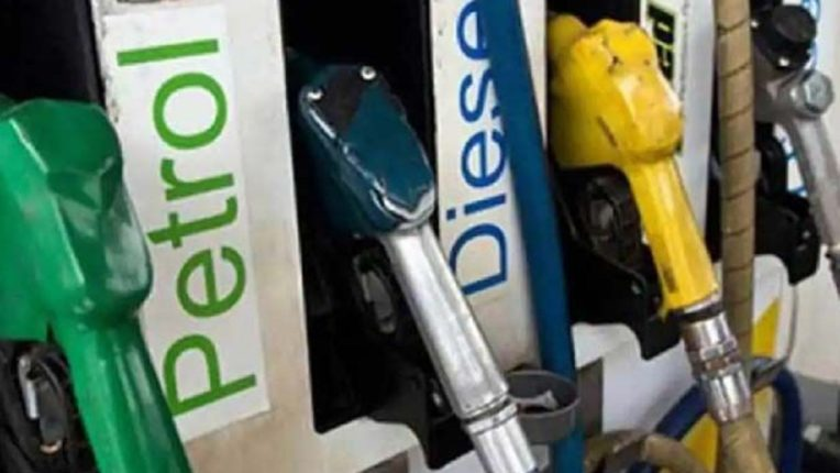 निवडणुका होताच पेट्रोल, डिझेलची दरवाढ…