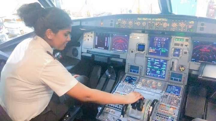 मच्छिमारांच्या मुलीची आकाशात भरारी ; २३ वर्षी बनली केरळातील पहिली व्यावसायिक पायलट