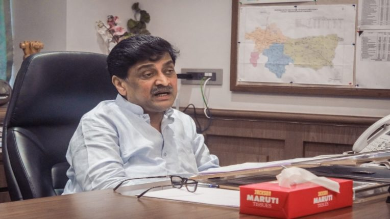 Modi government cut the crematorium and polluted Ganga! Ashok Chavan's harsh criticism on the Center