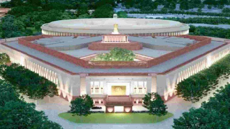 कोरोना महामारीतही तयार होतोय पंतप्रधानांचा महाल, लॉकडाऊनमध्येही बांधकाम सुरु, २०२२ साली तयार होणार नवे निवासस्थान